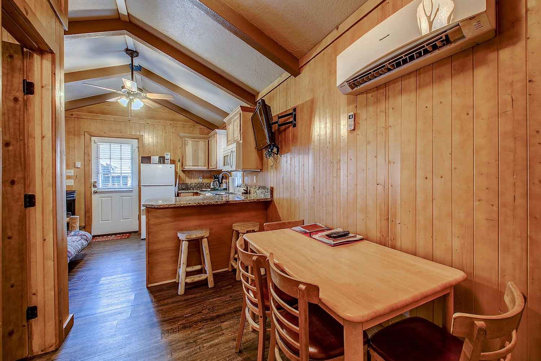 Brundage Bungalows: Cabin 2 - dining